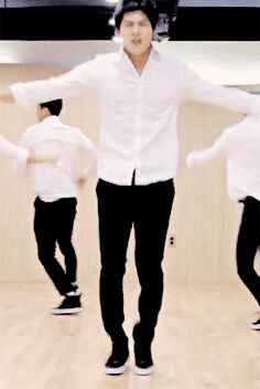 i love this dance every time i think of stop stop it this is what comes to mind