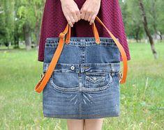 Sac jean anses cuir Sac denim Sac denim Sac à main femme denim . Denim Purse, Jeans Denim, Satchel, Crossbody Bag, Tote Bag, Tent Fabric, Recycled Denim, Market Bag, Shopper Bag