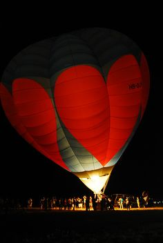 hot air balloons <3