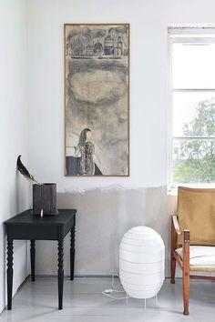 Keltainen talo rannalla: Tanskalaisia kesäkoteja Country Living, Ikea, Dining Table, Wall, Painting, Furniture, Beautiful, Home Decor, Living Rooms