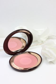 Charlotte Tilbury Cheek to Chic Blusher in Love Bite. Subtle, blush pink to suit all skin colours.