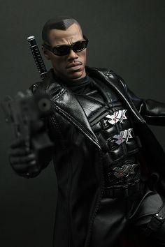 Blade II - Blade Makes a nerd wish he had some cash. Strong Black Man, Blade Movie, Blade Marvel, Top Cow, Bad To The Bone, Custom Action Figures, Vertigo, Marvel Legends, Dark Horse