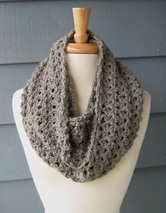 SHELLEY - Infinity Scarf (Large).. Crochet Cowl Neckwarmer - Greybeard (Ready to Ship)