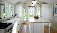 clean, classic kitchen | patrick ahearn architects