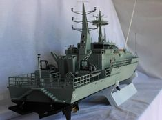 Man 3D Prints Huge 5 1/2 Foot Long RC Armidale-class Patrol Boat — Larger Models on the Way! http://3dprint.com/92422/armidale-class-rc-boat-3d/