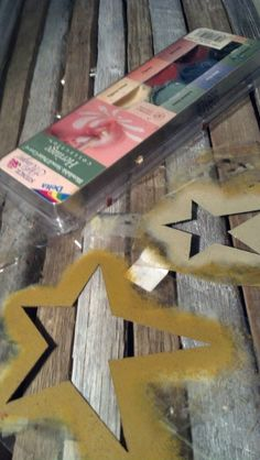 stenciling with stars! easy@Booth #555
