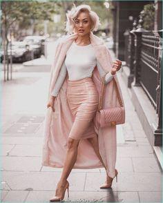 Micah Gianneli - Wearing my favourite shades 💖 Top, faux fur coat & skirt from 💕 Fashion Casual, Fashion Mode, Pink Fashion, Fashion Looks, Fashion Outfits, Womens Fashion, Fashion Beauty, Mode Rose, Style Feminin