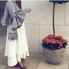 "Hijab Fashion | Nuriyah O. Martinez | 467 Likes, 5 Comments - Abaya Show (@abaya_show) on Instagram: ""• @style__show @abaya_show…"""