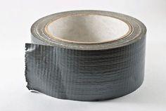 Wist jij dat duct tape zó veelzijdig is? Duct tape is eigenlijk niet kapot te krijgen. Je zou bij wijze van spreken je huis wat...