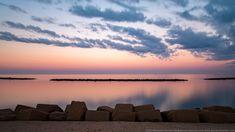 Il mare ed i frangiflutti del lungomare di Bari, durante un tramonto invernale Bari, Celestial, Sunset, Outdoor, Italy, Fotografia, Sun, Sunsets, Outdoors