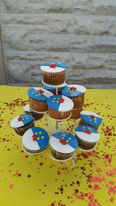 Donald duck cupcakes