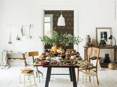 Hippa HINDÖ i arbetsrummet Ikea Stool, Ikea Table, Ikea Outdoor, Outdoor Plants, Ikea Plants, Dining Decor, Dining Room, Interior Styling, Interior Design