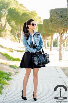 DIY Lace Denim Jacket - Crimenes de la Moda - Chaqueta vaquera encaje - Dolce & Gabbana sunnies gafas de sol - pony tail