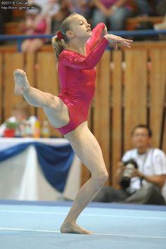 Bundesliga 2011 (2. Wettkampf) Flexibility Dance, Gymnastics Flexibility, Acrobatic Gymnastics, Girls Gymnastics Leotards, Sport Gymnastics, Amazing Gymnastics, Gymnastics Pictures, Artistic Gymnastics, Ballet Dance Photography