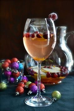 Cranberry Pear Christmas Sangria | taste love and nourish