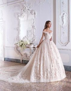 8e5a8df5377 Off The Shoulder Sweetheart Wedding Dress with Appliques