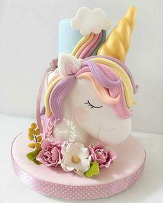 10 Beautiful Unicorn Cake Designs - The Wonder Cottage Unicorn Cake Design, Unicorn Cake Topper, Unicorne Cake, Cupcake Cakes, Cake Smash, Birthday Cake Girls, Unicorn Birthday Parties, Birthday Kids, Happy Birthday