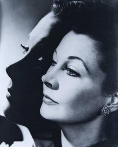 Angus McBean vivien leigh, silver print, printed signed and dated in white ink lower. on May 2009 Vivien Leigh, British Actresses, Actors & Actresses, Cinema Tv, Old Hollywood Movies, National Portrait Gallery, Great Photographers, Hollywood Glamour, Hollywood Stars