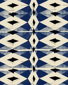 Black and Blue Cutting Board by Fine Little Day (via design*sponge http://www.designspongeonline.com/2011/03/chop-chop.html)