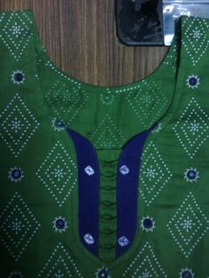 New Stylish & Trendy Kurti Neck Designs For Your Amazing Look - Kurti Blouse Salwar Neck Patterns, Neck Patterns For Kurtis, Salwar Kameez Neck Designs, Churidar Designs, Saree Blouse Neck Designs, Kurta Neck Design, Blouse Designs, Churidar Pattern, Chudithar Neck Designs
