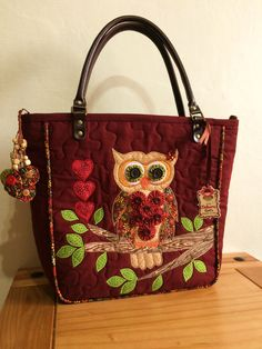 Marsala Twill Bag (Face Owl) | About Us | Elo7