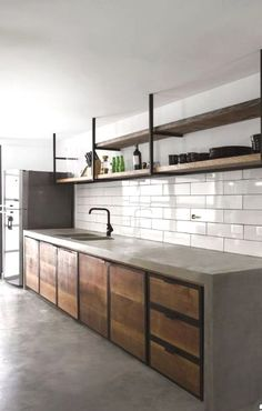 Beautifully rustic kitchen design details to add charming european country style 00001 ~ Home Decoration Inspiration Kitchen Interior, Kitchen Remodel, Apartment Living Room, Industrial Livingroom, Industrial Kitchen Design, Industrial Interiors, Kitchen Styling, Industrial Farmhouse Kitchen, Kitchen Design