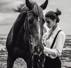 Horse Girl Photography, Cute Photography, Animal Photography, Pretty Horses, Horse Love, Beautiful Horses, Horse Fashion, Animal Fashion, Horse Photos