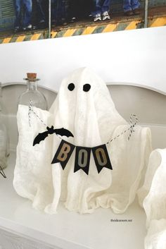 DIY Halloween Ghosts - The Idea Room