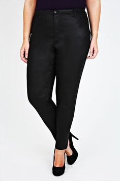 Give your wardrobe a fashion update with our range of plus size trousers. Available in UK sizes 16 to discover on-trend designs to complete your look. Plus Size Casual, Plus Size Outfits, Black Trousers, Skinny Legs, Size Clothing, Capri Pants, Coat, Shopping, Clothes