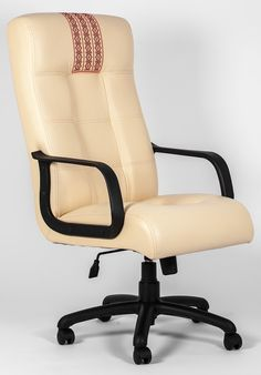 Современное кресло Вирджиния будет универсальным решением для офиса или домашнего кабинета.