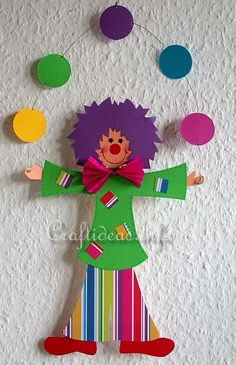 Free Craft Templates or Patterns for a Paper Clown Circus Theme Crafts, Clown Crafts, Carnival Crafts, Circus Art, Carnival Themes, Paper Crafts For Kids, Diy And Crafts, Arts And Crafts, Party Crafts