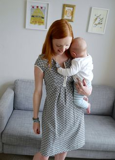 Stylish breastfeeding, nursing and maternity dresses - Happy Mum London review