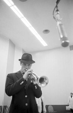 Chet Baker playing trumpet in the record studio of the recording label Rca. 1961