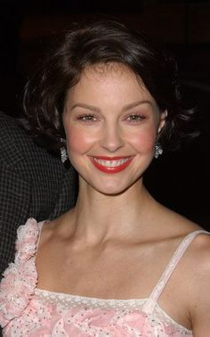 Z Movie, Ashley Judd, Thing 1, Female Portrait, Woman Portrait, Perfect Smile, Jane Seymour, Actor Photo, Female Actresses