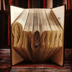 Artist Repurposes Old Books Into 3D Sculptures By Carefully Folding Their Pages - My Modern Met