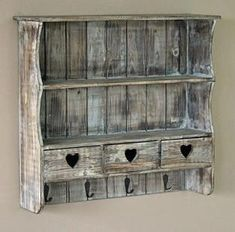 Shabby Chic Decor easy and creative tricks - Eye pleasing help to plan a stupendous easy shabby chic decor shelves . The fantabulous ideas posted on this not so shabby day 20181201 , pin note ref 2417053640 Diy Furniture, Painted Furniture, Shabby, Rustic Furniture, Repurposed Furniture, Fall Decor Diy, Shabby Chic Furniture Painting, Shabby Chic Shelves, Chic Home Decor