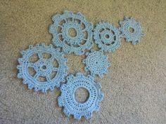 steampunk crochet patterns | ... Mama Cat: Gear Motif Pattern.. awesome idea, pity i can't crochet
