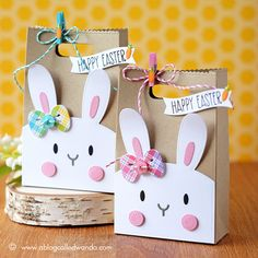 Mama Elephant Favor Bag and Bunny dies. Easter Treat boxes by Wanda Guess. Lawn Fawn Rainbow plaid paper as accents. #easterbunny