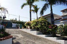 Das Ferienhaus Yellow Suite in El Rincon auf Teneriffa ist ein großes und komfortables Ferienhaus für zwei Personen mit beheiztem Pool und Zugang zum Tennisplatz.
