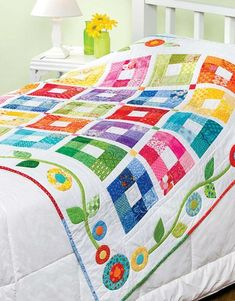 Baby Bright Quilts - Create a Baby Blanket for Keepsake Baby Bright Quilts – Erstellen Sie eine Babydecke für Andenken, die sich perfek… Baby Bright Quilts – Create a baby blanket for keepsakes that is perfect for newcomers - Jellyroll Quilts, Scrappy Quilts, Easy Quilts, Bed Quilts, Colchas Quilting, Quilting Projects, Quilting Designs, Quilting Ideas, Hexagon Quilting