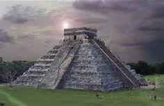 Azteekse tempels: Bij deze tempels leefde de azteken. Hierin werden offers gedaan etc.