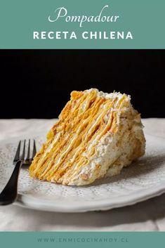 Torta Pompadour de plátano | En Mi Cocina Hoy Torta Pompadour, Chilean Recipes, Cooking Cake, Cakes And More, Sweet Recipes, Love Food, Oreo, Cupcake Cakes, Cake Decorating