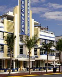 Experience The Art Deco Style Of Hotel Breakwater In Miami Beach