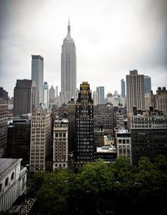 American Radiator Building in Midtown with the Empire State Building towering behind. (photo:Jack Bogdan)