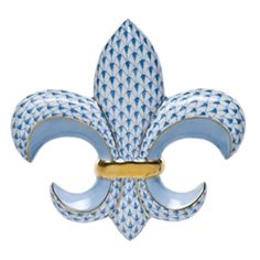 Herend Fleur De Lis Paperweight in Blue Fishnet pattern, enhanced by accents of 24k gold