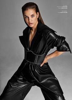 High Fashion Poses, Fashion Shoot, Editorial Fashion, Fashion Models, Latex Fashion, Steampunk Fashion, Gothic Fashion, Wow Photo, Seductive Pose