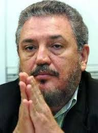 † Fidel Castro Diaz-Balart (68) 01-02-2018  De oudste zoon van de overleden Cubaanse leider Fidel Castro, Fidel Castro Diaz-Balart, heeft donderdag zelfmoord gepleegd. Hij werd al langere tijd behandeld wegens depressies, meldden de Cubaanse staatsmedia.  https://youtu.be/kRrsONp_rEM