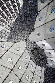 La Grande Arche de la Defence - Paris - France by Danish architect Otto von Sprechelsen DK