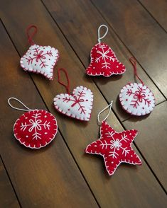 Green Lamp, Felt Projects, Sprinkles, Stitching, Christmas Ornaments, Studio, My Love, Holiday Decor, How To Make
