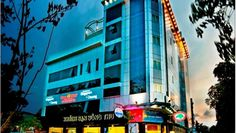 Offering free Wi-Fi, Song Thu Hotel is a 5-minute walk from the Han River in Danang. It features a 24-hour bar, free parking nearby and spacious rooms with wall-mounted flat-screen TV. The stylish Lion City restaurant serves traditional Vietnamese and Singaporean specialties, along with Western dishes.